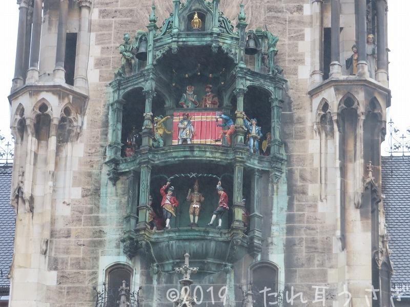 ミュンヘン マリエン広場の新市庁舎の仕掛け時計を見てきたのでレビュー・動画・感想 ドイツ旅行㉔