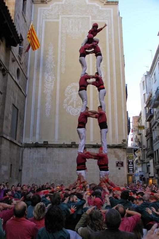 19è Aniversari Castellers de Lleida. Paeria . 5-04-14 - 2 de 7.JPG
