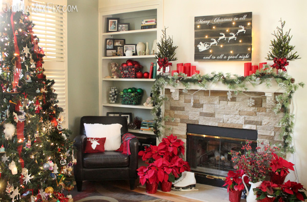Traditional Christams Living Room