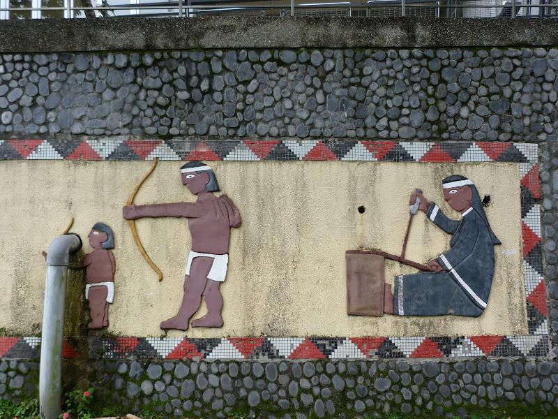 Puli  en passant , entre autres, par les villages de l ethnie Bunum de Loloko et Dili. J 10 - P1170194.JPG