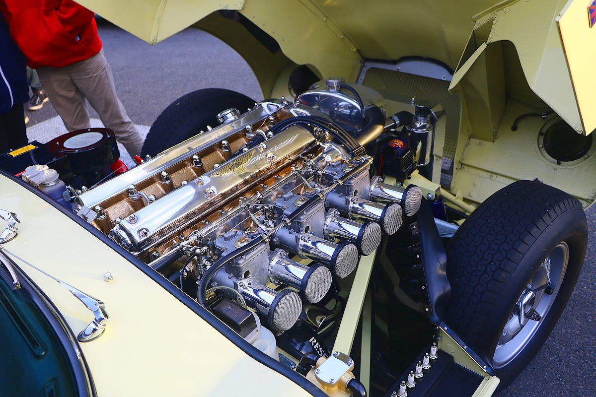 1964 Jaguar E-Type 3.8 Engine Bay 5.jpg