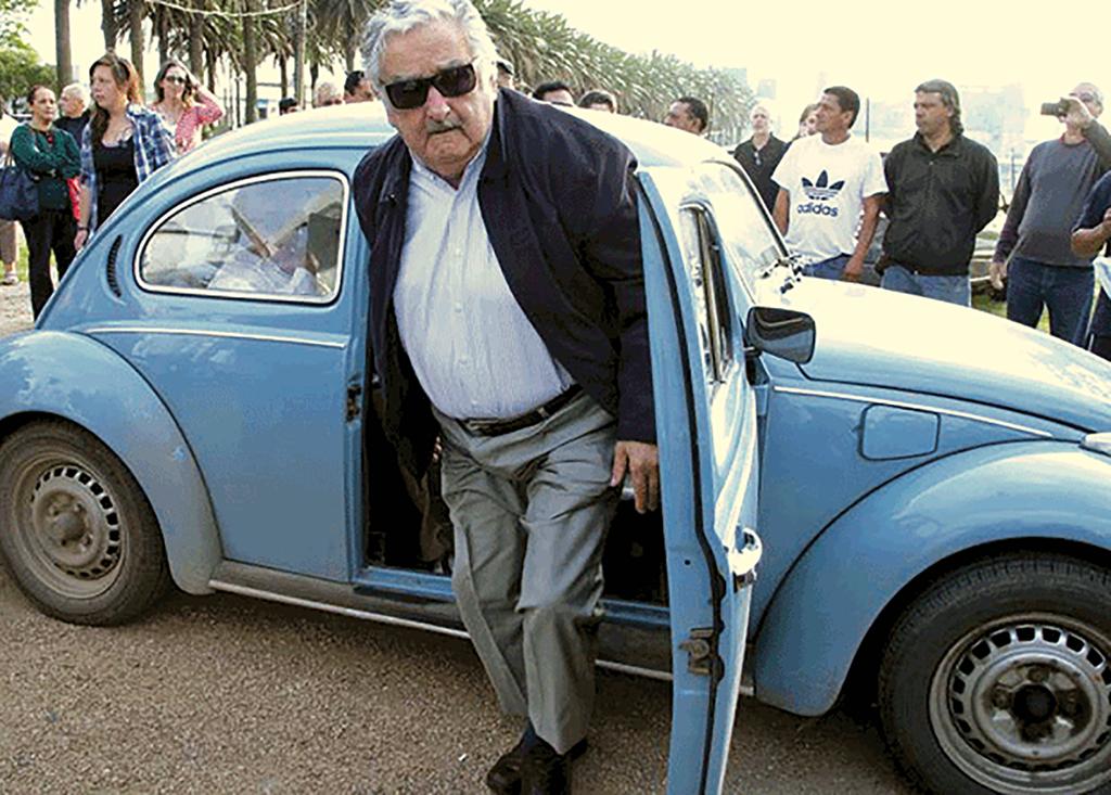 [mujica-maggiolino%5B4%5D]