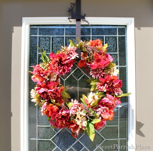 http://sweetparrishplace.com/diy-fall-wreath-tutoria/