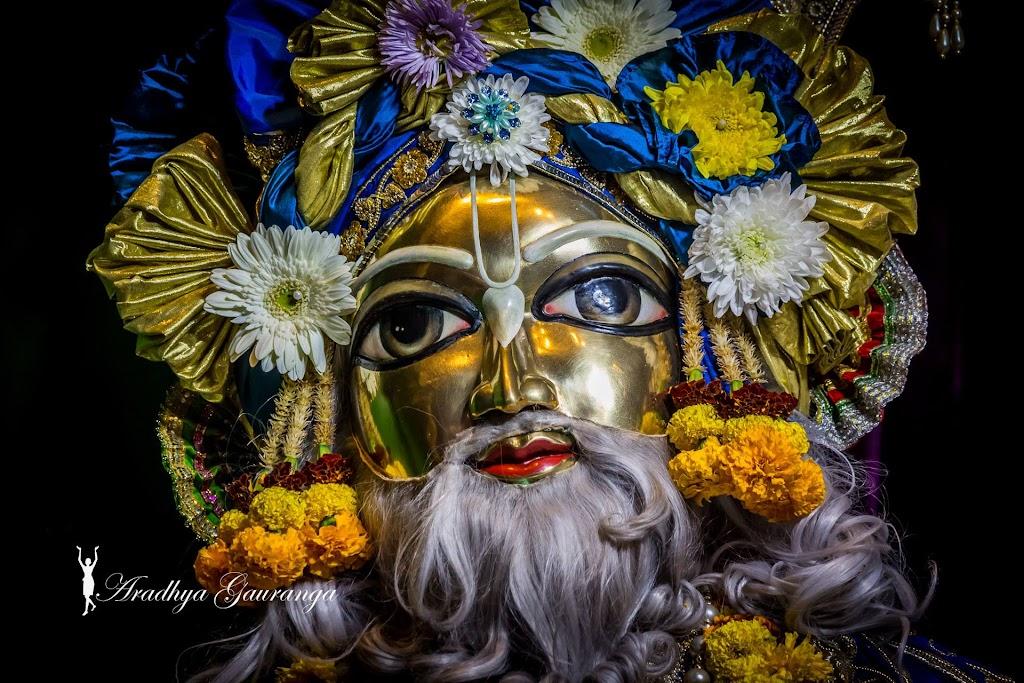 ISKCON Mayapur Deity Darshan 31 Dec 2016 (47)