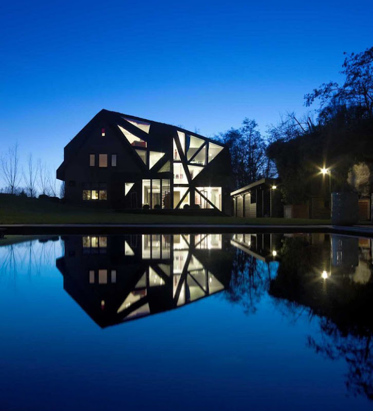 Villa Rotterdam design by Ooze