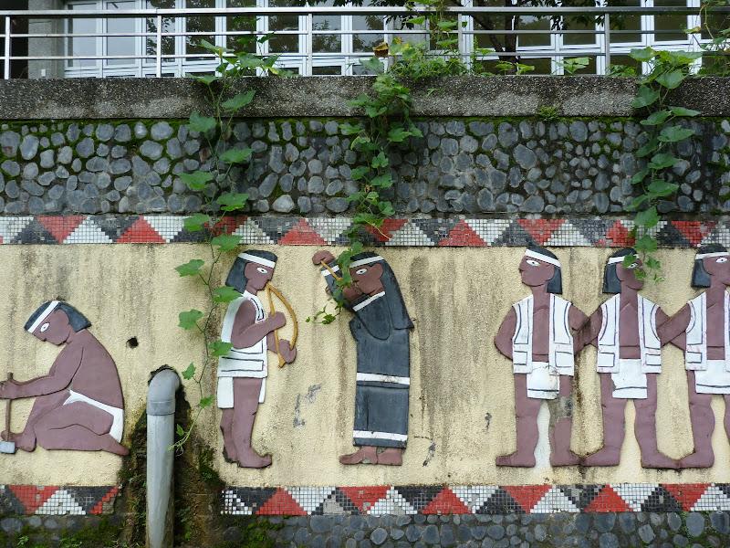Puli  en passant , entre autres, par les villages de l ethnie Bunum de Loloko et Dili. J 10 - P1170192.JPG