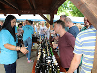 20 A verseny borainak kóstolója.JPG