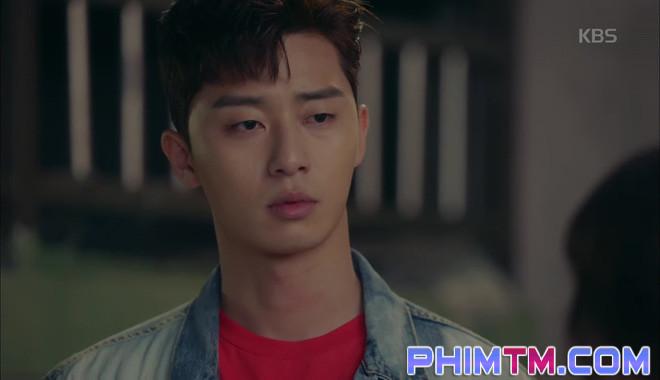 Nổi cơn ghen, Park Seo Joon… áp mặt sát vào Kim Ji Won - Ảnh 2.