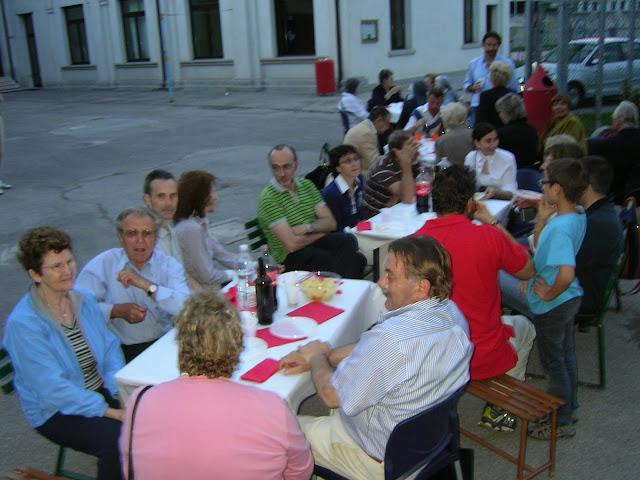 Un momento della cena parrocchiale