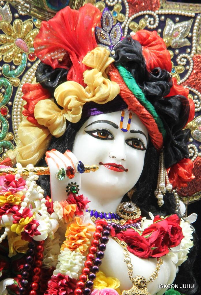 ISKCON Juhu Sringar Deity Darshan on 24th September 2016 (16)