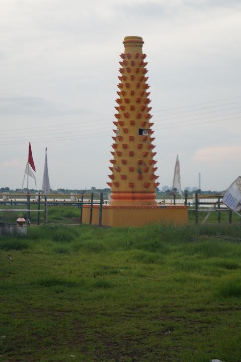Omkareshwar and Hanmuntiya water resort - DSC07023.JPG