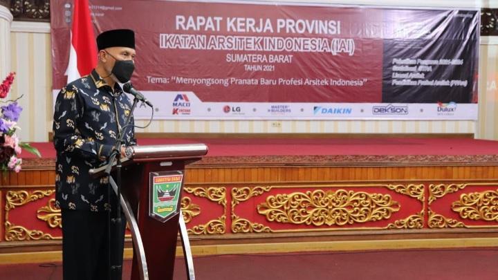 Gubernur Sumbar Dorong Sinergi Pemerintah dengan IAI