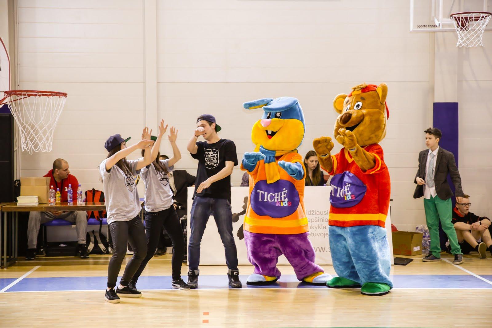 Sandra, Max ir Austė atidaro krepšinio varžybas! - BP9B9578.JPG