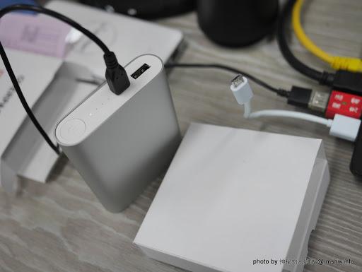 【數位3C】新包裝?因緣際會入手的小米行動電源二代10400mAh(NDY-02-AD) 3C/資訊/通訊/網路 新聞與政治 硬體 開箱