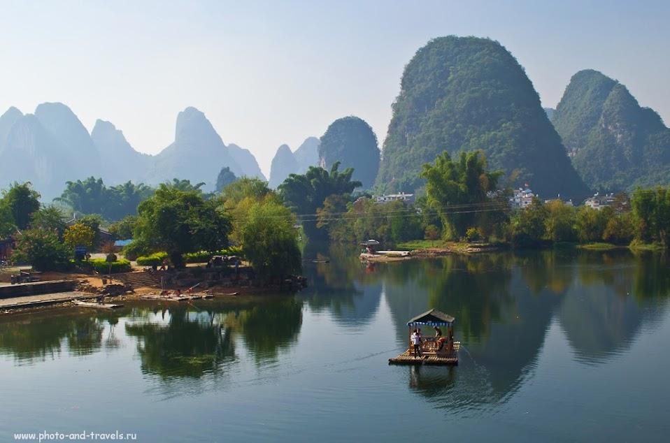Поездка на отдых в Китай. Пейзажи у Моста Дракона (Dragon Bridge) в окрестностях деревни Яншо (Yangshuo)