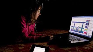 Nécessité de prémunir les enfants contre les dangers des TIC