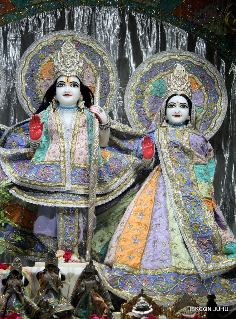 ISKCON Juhu Mangal Deity Darshan on 29th April 2016  (3)
