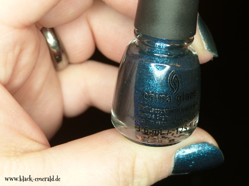 China Glaze - Don't get elfed up