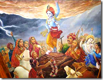 lifting_govardhana_hill_pastime14