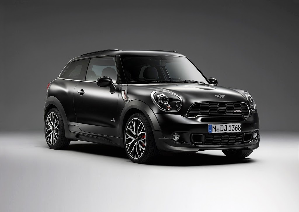 MINI Paceman Frozen Black Matte 46