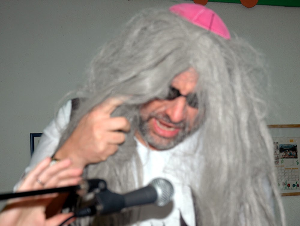 Purim 2006  - 2006-03-13 20.13.43-2 %28deleted 5a04edecefcadccb34a4454412de8f76%29.jpg