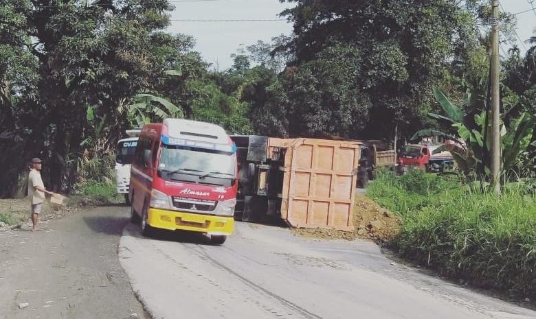 Humas Pemprovsu , Soal Jalan Rusak di Sugau, Akan Kami Kordinasikan Dengan Bina Marga