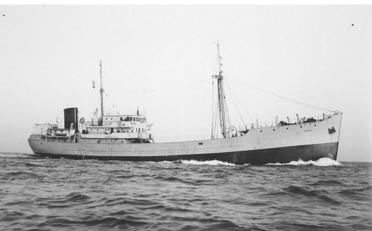 Trawler ABREGO. Foto Museet for Sofart. Foto de los constructores.tif