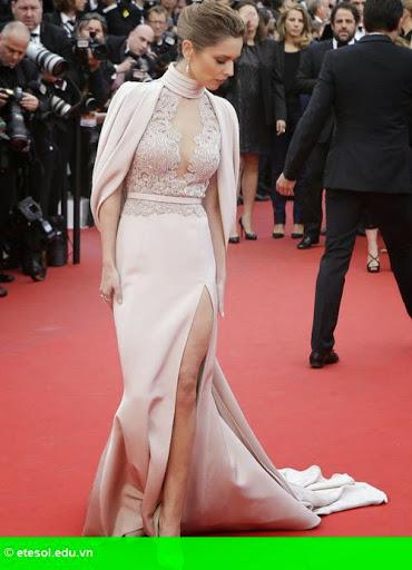 Hình 3:   Cheryl nổi bật ở LHP Cannes