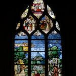 """Église Saint-Pierre de Montfort-l'Amaury : vitrail """"Vie de St Hubert"""""""