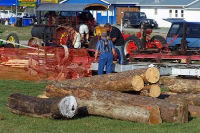 Log splitting demonstration