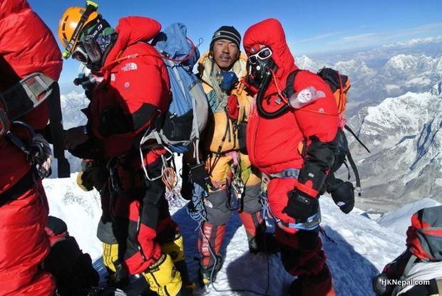 १० पटक सगरमाथा चढ्नु ठट्टा होइन – फुर्वा तेन्जिङ शेर्पा