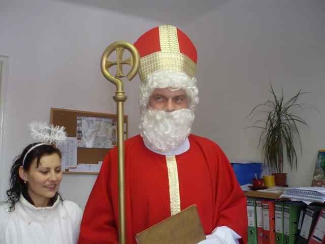 6.12.2010 - Návštěva Mikuláš v Lidovém domě - PC060545.JPG