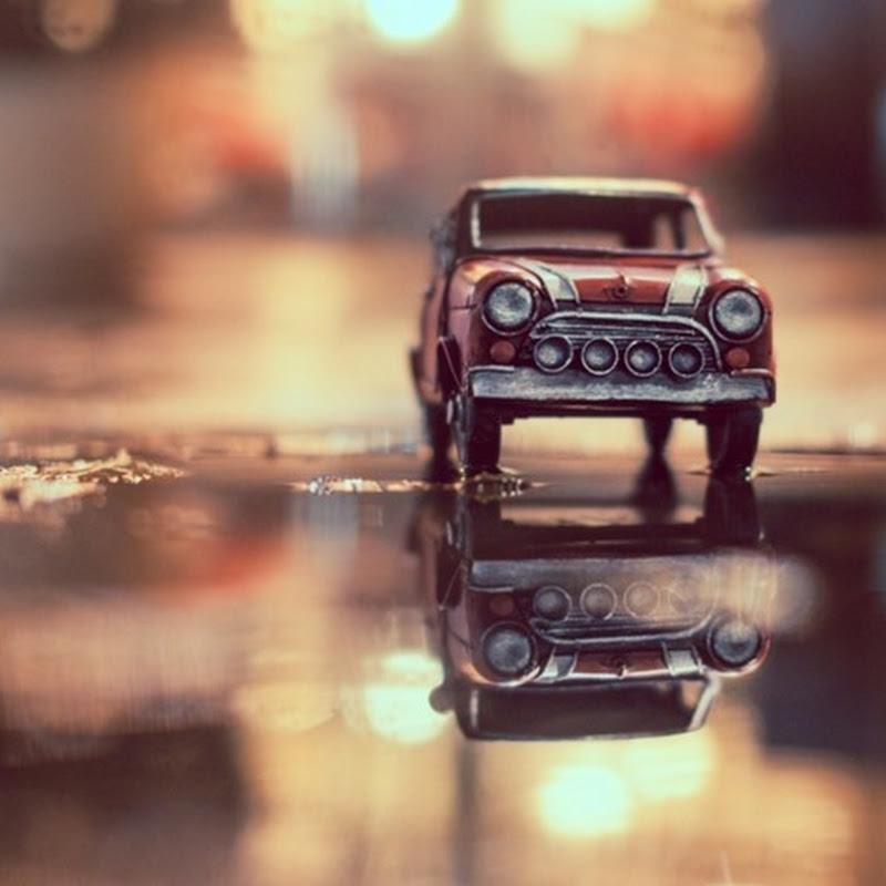 Fotógrafo realiza impresionantes imágenes de carritos de juguete