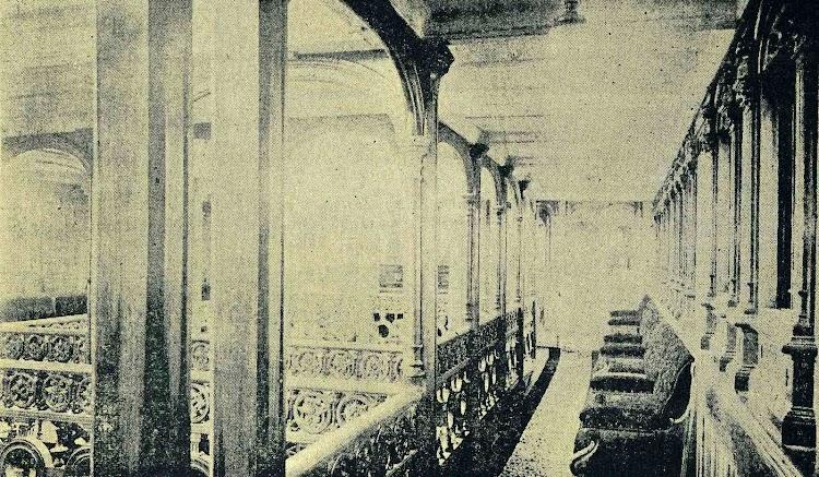 Vapor ISLA DE MINDANAO.. Salón de Música. Foto de la REVISTA DE NAVEGACION Y COMERCIO. Año 1894.jpg
