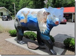 One of the many painted bears in Cherokee