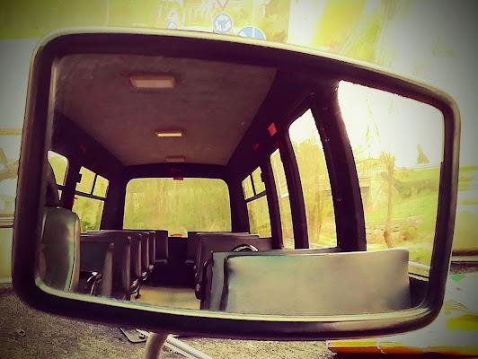 Scuolabus vuoto  di Robyvf