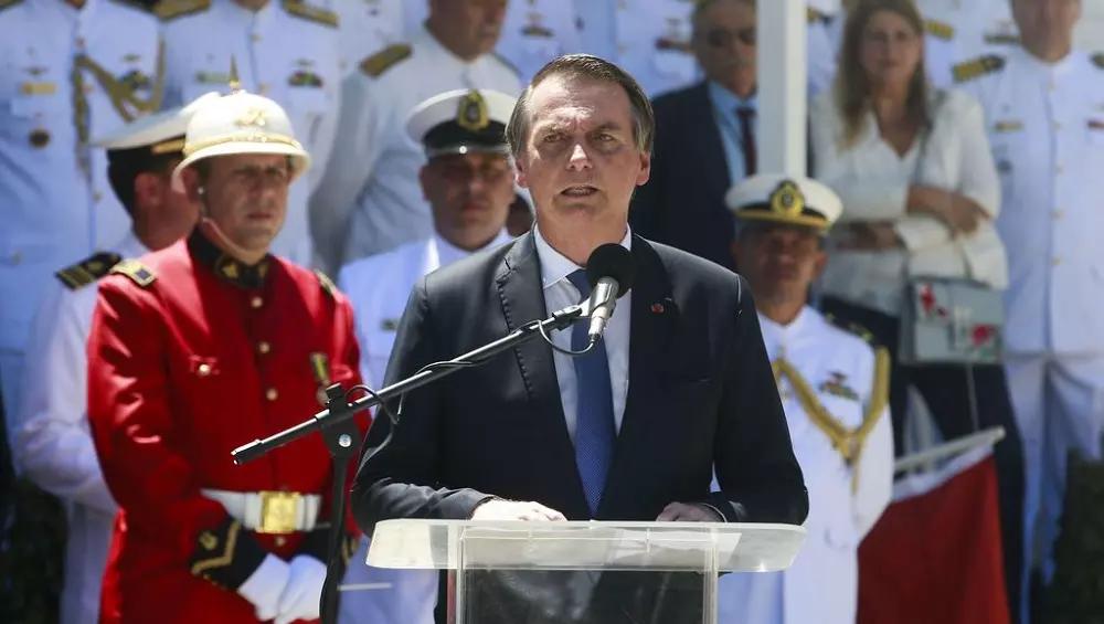 """""""Nós militares somos o último obstáculo para o socialismo"""", alerta Bolsonaro"""