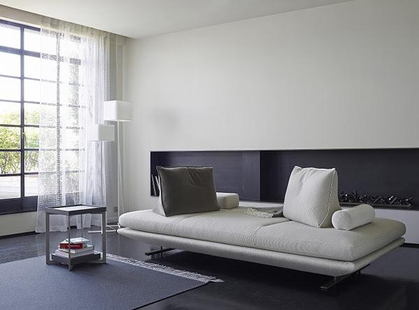 ligne roset plado sofa attract. Black Bedroom Furniture Sets. Home Design Ideas