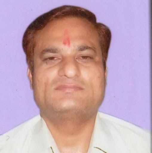 Girish Dixit