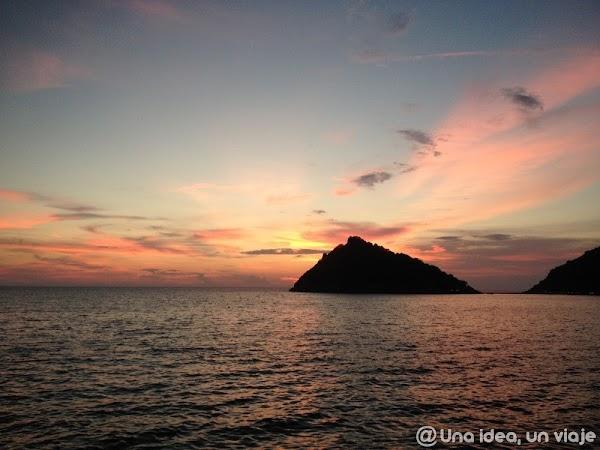 las-10-mejores-puestas-de-sol-atardeceres-vuelta-al-mundo--unaideaunviaje.com-03.jpg