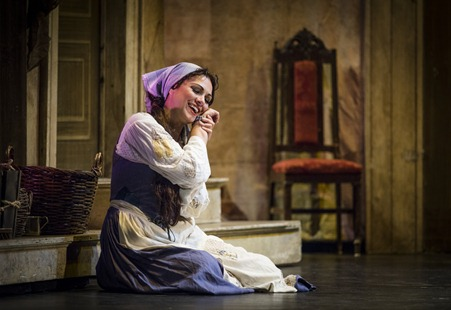 IN REVIEW: Mezzo-soprano SANDRA PIQUES EDDY in the title rôle of Greensboro Opera's production of Gioachino Rossini's LA CENERENTOLA, August 2015 [Photo © by Artisan Images/David Wilson, used with permission]