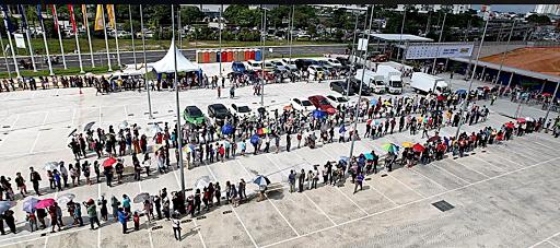 IKEA Johor Bahru Diserbu 20 Ribu Orang Tanda Rakyat Malaysia Susah