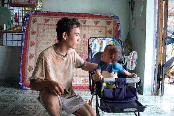 Tham sat 6 nguoi o Binh Phuoc Nhom cong nhan bi duoi viec noi gi  anh 2