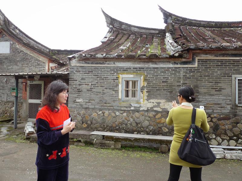 Une très ancienne maison de + de 120 ans et une visite guidée par la descendante du premier propriétaire qui venait de la province du Fujian. La plupart des matériaux auraient été importes du Fujian