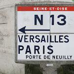 Poteau Michelin (avec la mention de l'ancien département de Seine-et-Oise)