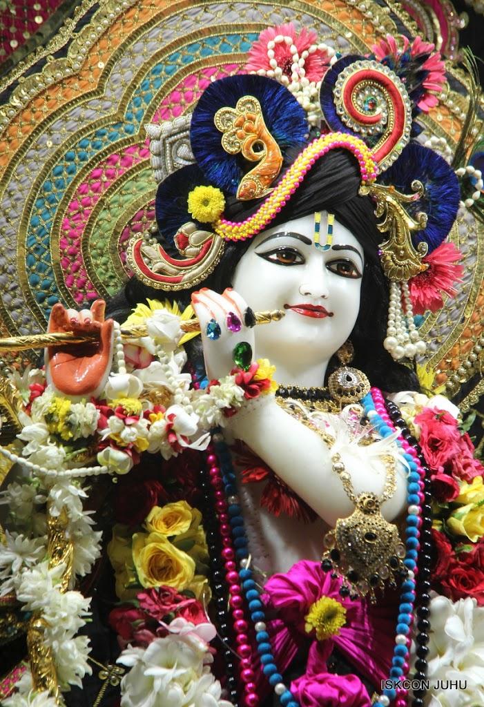 ISKCON Juhu Sringar Deity Darshan on 28th May 2016 (6)