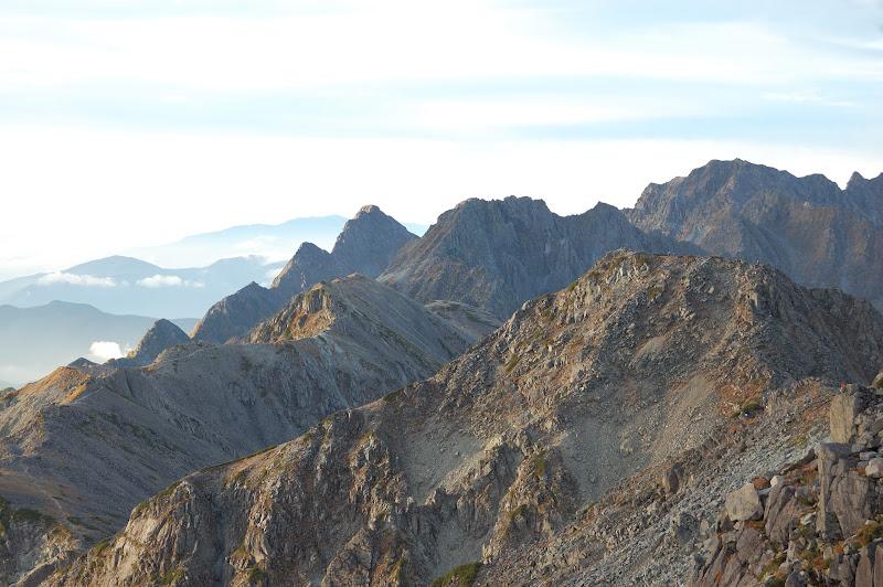 大喰岳山頂からこれからのルート中岳南岳北穂高岳方面