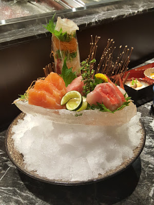Sample sashimi presentation.