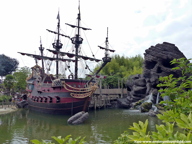 barco-pirata-disneyland-paris.JPG