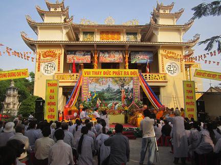 Ban Trị sự GHPGVN huyện Tuy Phước chức tuần lễ Đại Lễ Phật Đản PL. 2560.